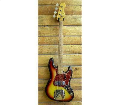 Fender Jazz Bass 64 Relic1