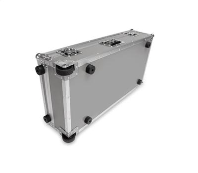 Pedaltrain Classic PRO Pedalboard with Heavy Duty Wheeled Tour Case3