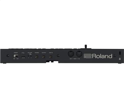 Roland D-05 Linear Synthesizer2