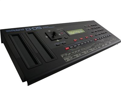 Roland D-05 Linear Synthesizer3