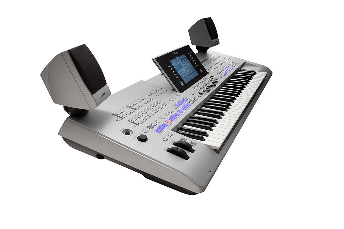 Yamaha Tyros  Arranger Workstation Keyboard